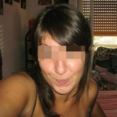 Assez jolie fille sur Lingolsheim qui aime la défonce anale