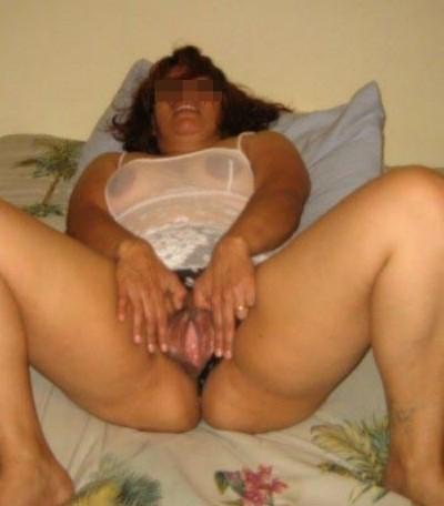 Jolie femme chaude aimant la bite pour un plan sexe à Lingolsheim