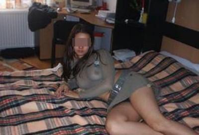 Ravissante jeune femme veut des queues bien lisses à sucer à La Wantzenau